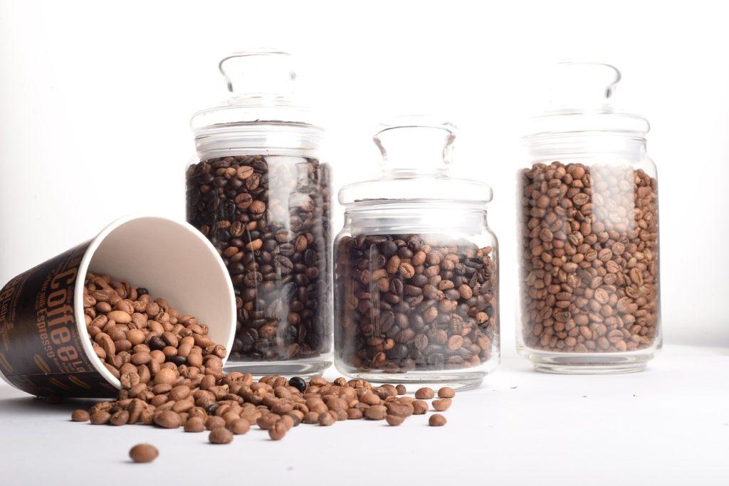 コーヒー豆の保存容器を選ぶ際の覚えておきたい3つのポイントとは?