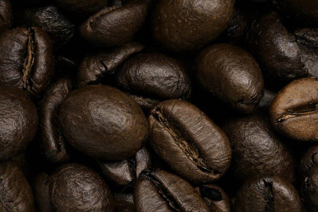 コーヒーの生豆を自宅で上手に焙煎する方法