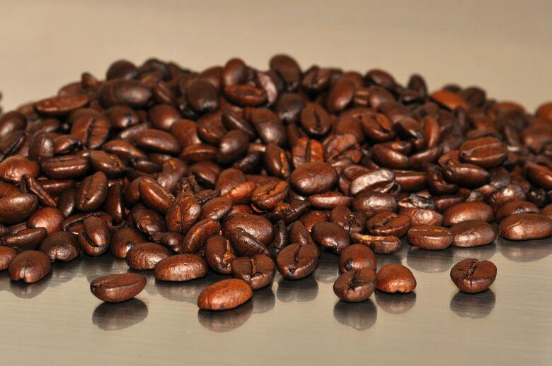コーヒー豆はそのまま食べることが出来る