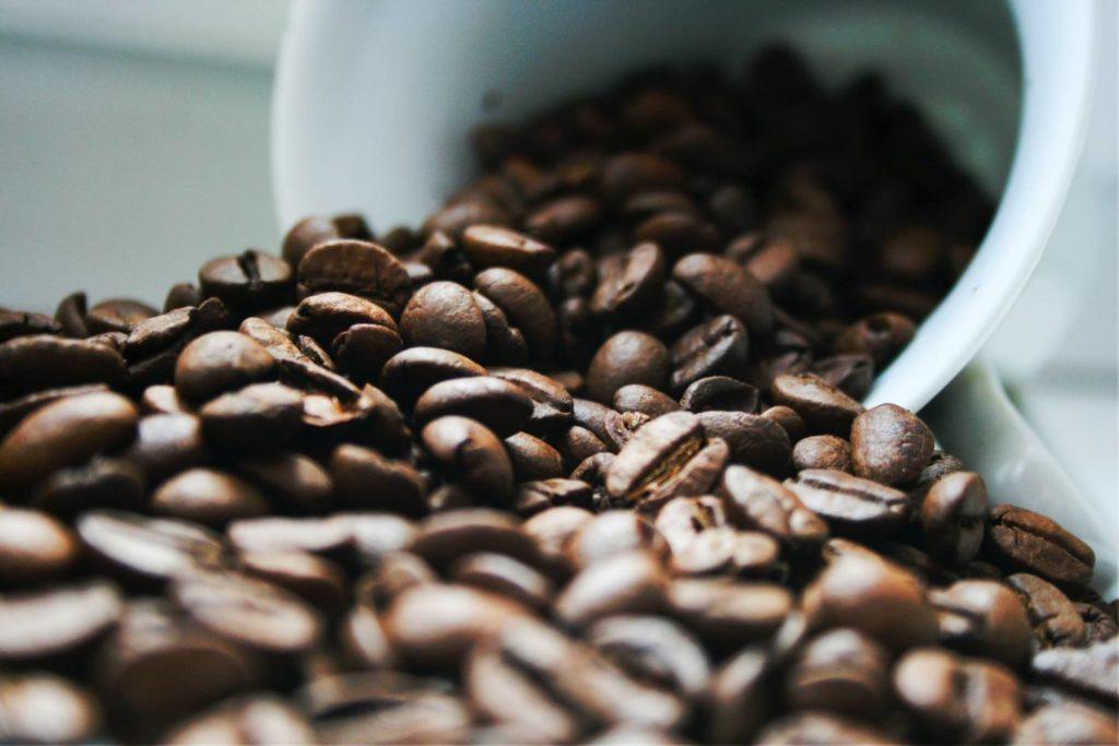 酸味が特徴のおすすめコーヒー豆&粉3選
