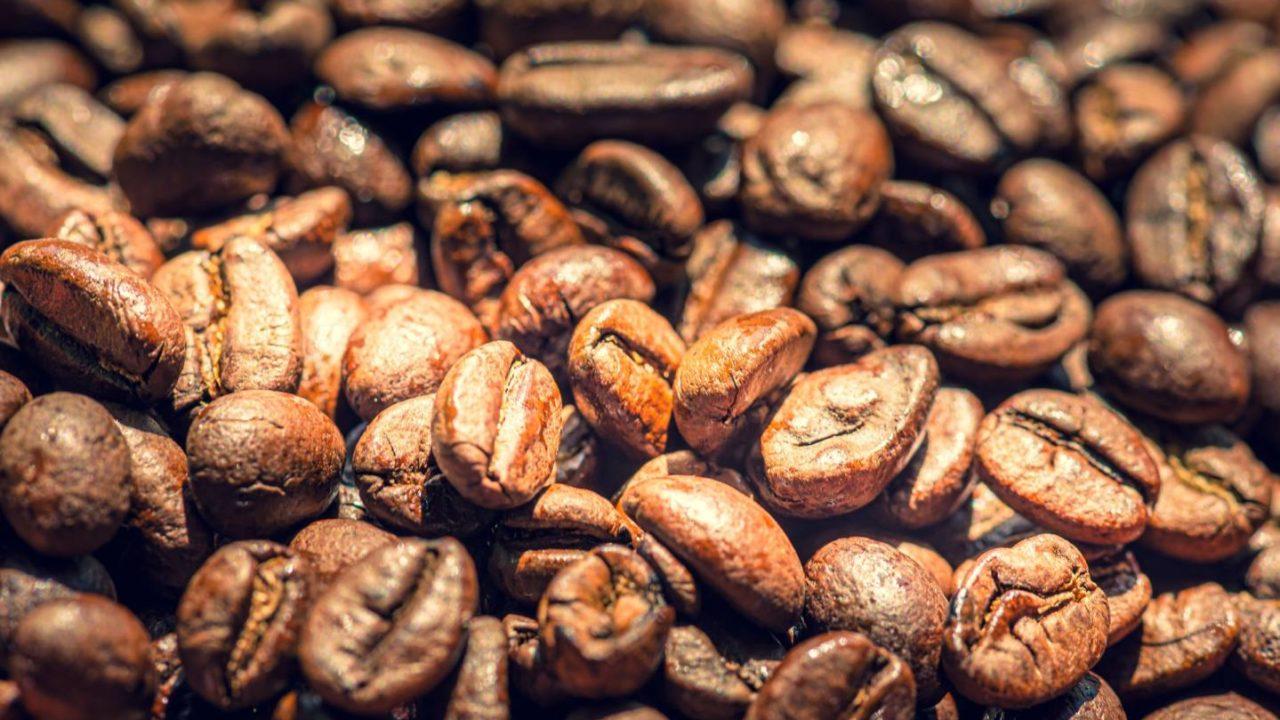 コーヒー豆のローストとは?焙煎の違いは全部で8段階【初心者必見】