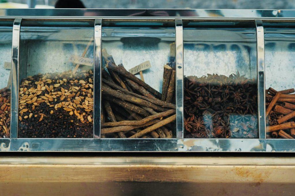 コーヒー豆カスは他の臭い消しにも使える