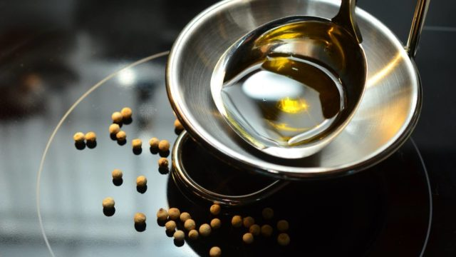 コーヒー豆にツヤが出来る理由とコーヒーの味に与える影響とは?