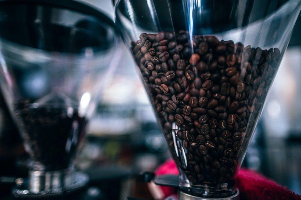 コーヒーミルでのコーヒー豆の挽き方!気をつけたい3つのポイント
