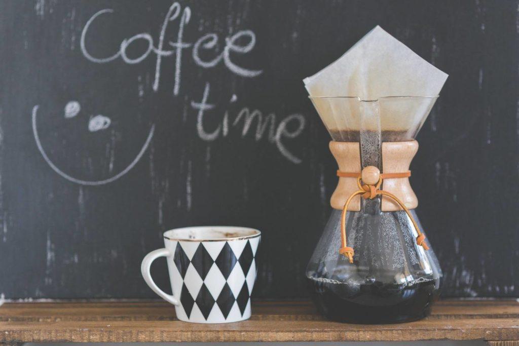 風味を利用してコーヒーゼリーにする