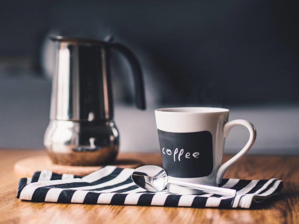 コーヒー豆は器具に合わせて挽き方を変える