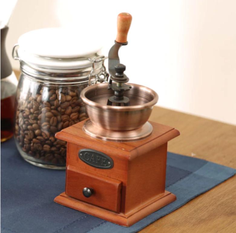 4. 圧倒的な安さのセラミックコーヒーミル「ニトリ セラミックコーヒーミル SC-0202」
