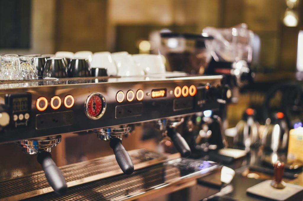 カプセル式コーヒーメーカーの使い方