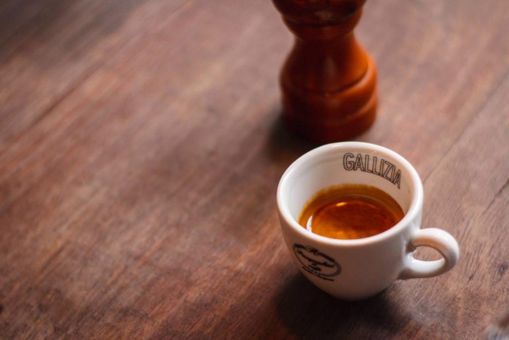 そもそもカフェインレスコーヒーとは
