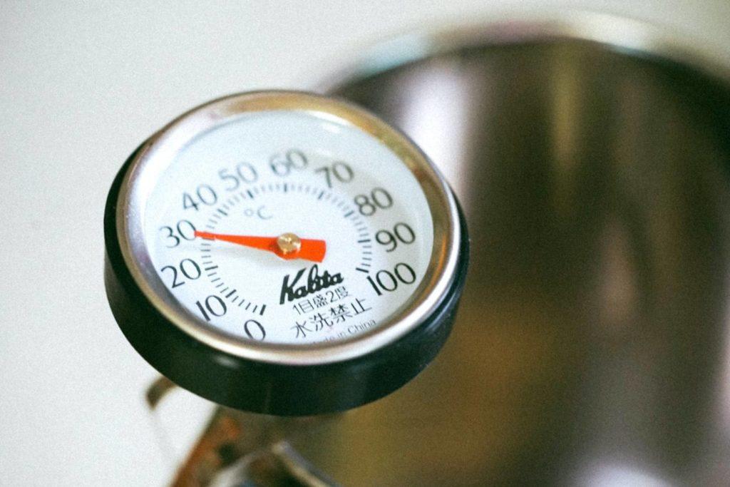 お湯の温度でコーヒーの味は変化する