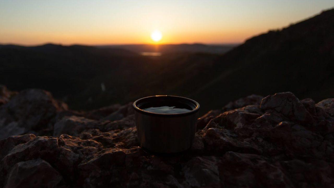 アウトドアで使えるおすすめコーヒー道具9選!美味しい淹れ方も解説