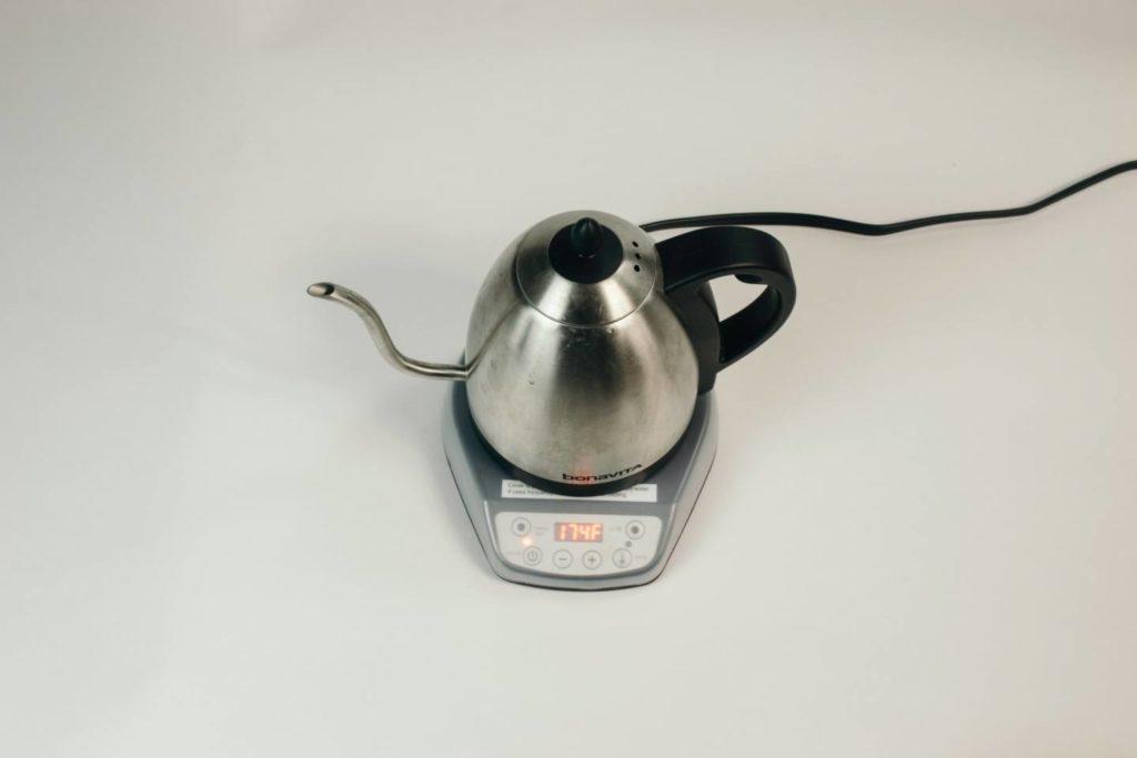 コーヒーをドリップするのにおすすめな電気ケトルとは?