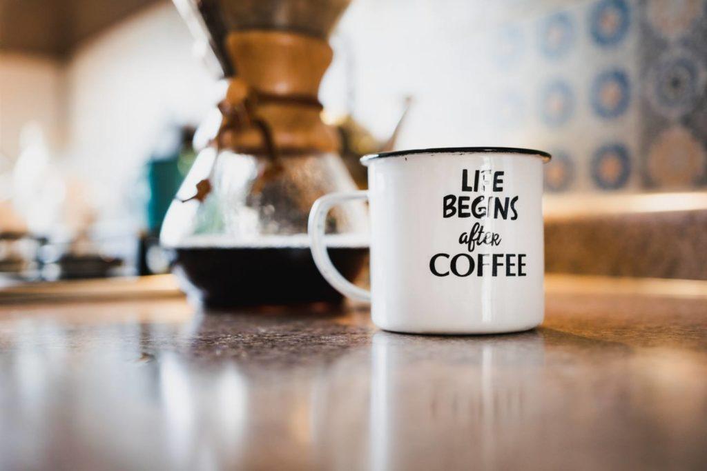 コーヒーを毎日飲むことで期待できる6つのメリット