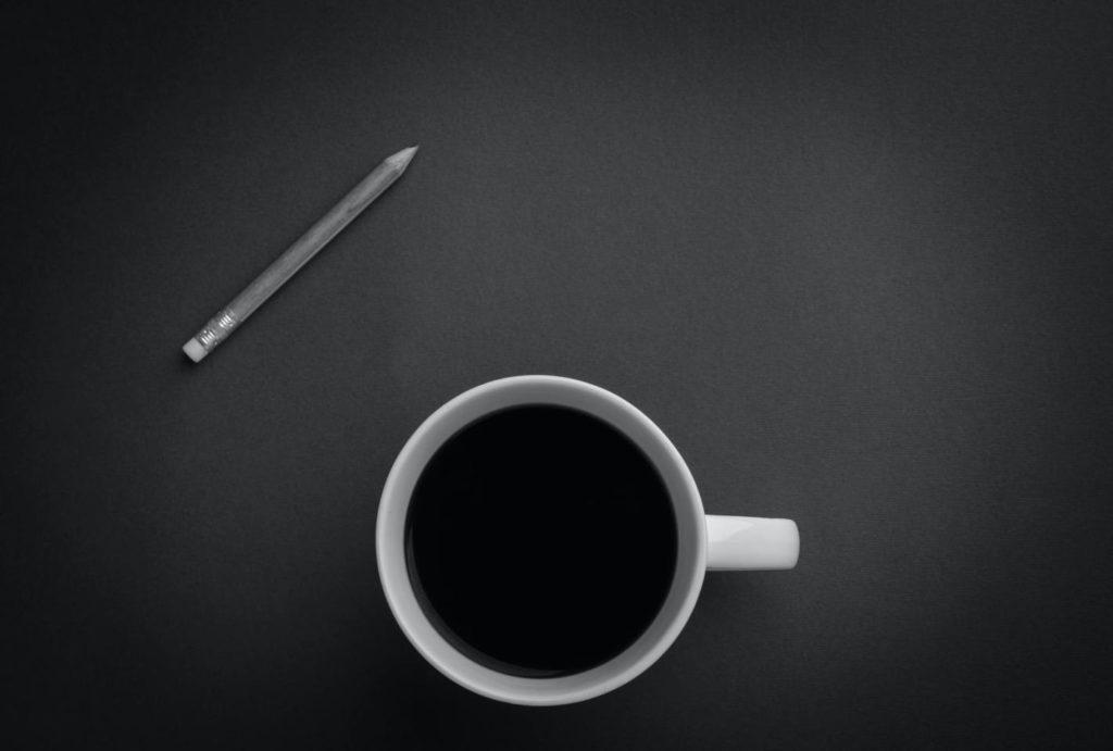 ブラックコーヒーを飲むデメリット