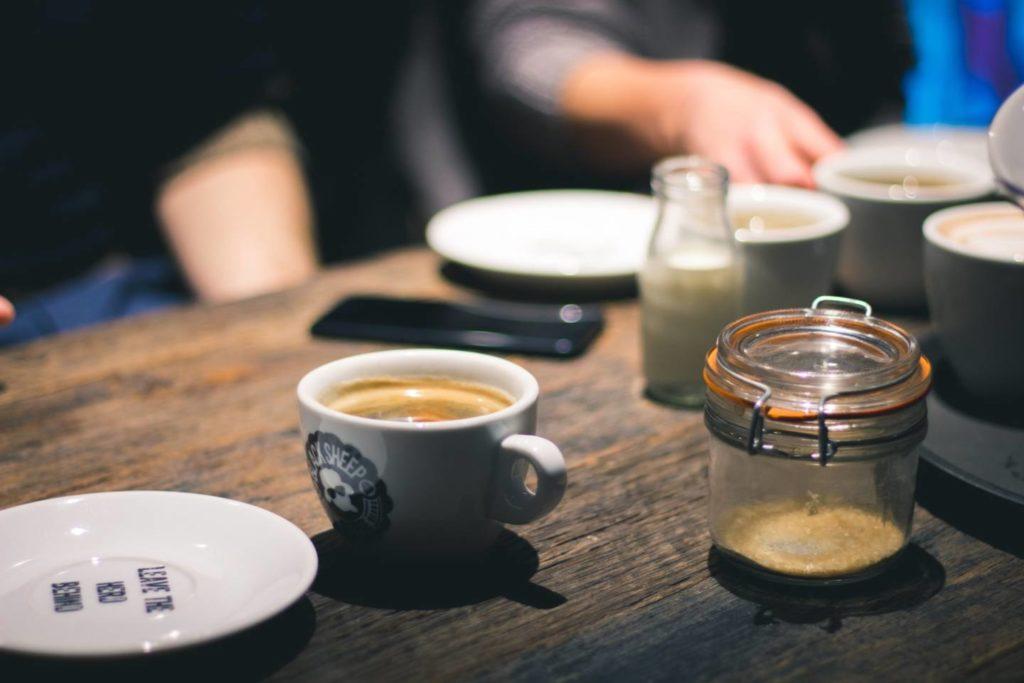 ブラックコーヒーの効果的な飲み方