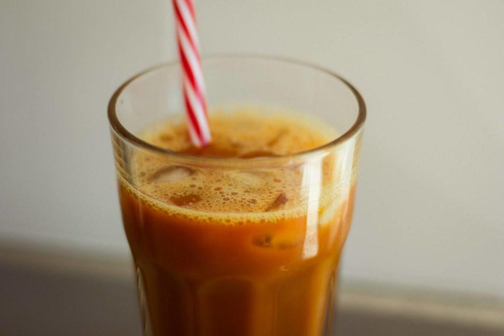4. 【アレンジ】きな粉・ラテが豆乳とコーヒーにぴったり
