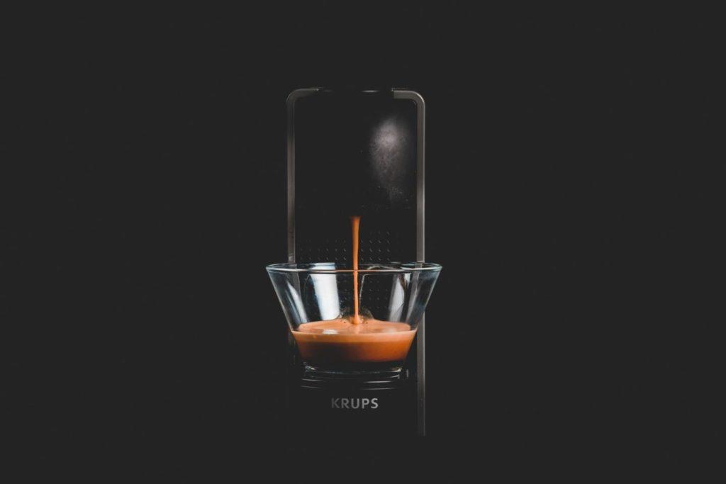 エスプレッソのカフェイン量は他のコーヒーに比べて少ない