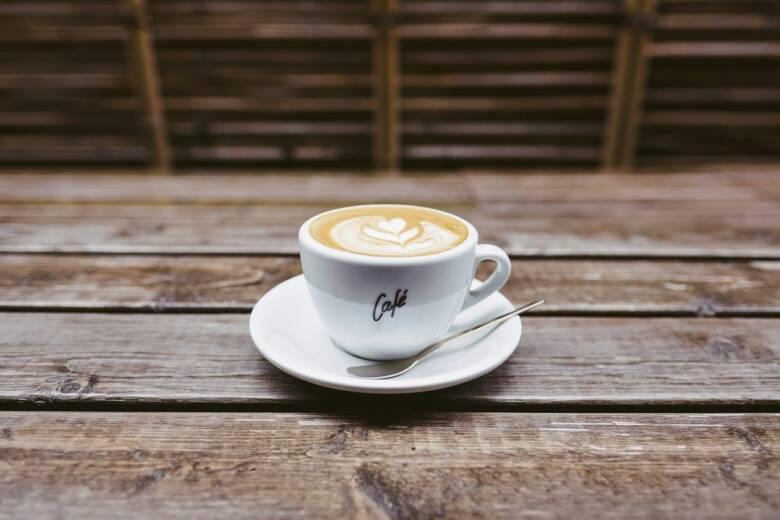 コーヒーソーサーを選ぶときのポイント