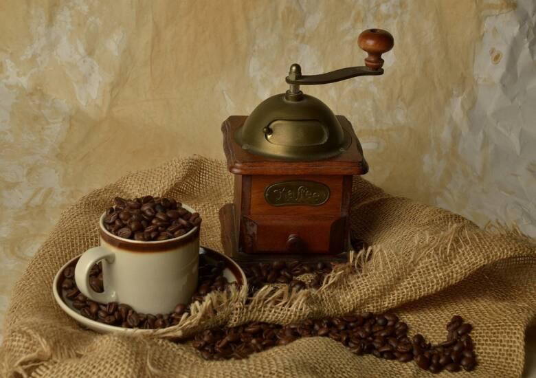 コーヒーの歴史とは?起源にまつわる伝説