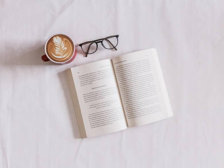 お気に入りのコーヒー本を選んで学びを深めよう!