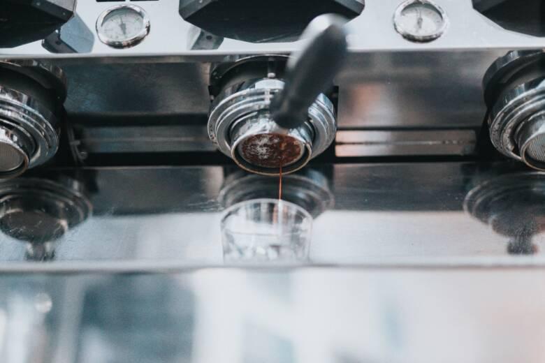 デロンギのエスプレッソマシンを購入して美味しいコーヒーを飲もう!
