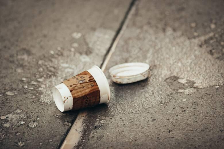 【応急処置編】コーヒーの染み抜き方法!出先に便利