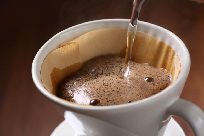 ペーパードリップ式で淹れた美味しいコーヒーを堪能しよう!