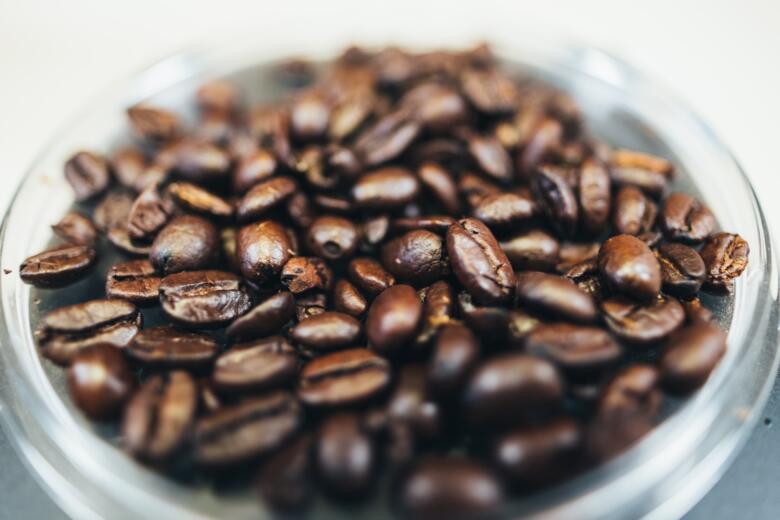 コーヒー豆&粉が送料無料で通販できる専門店は多くない