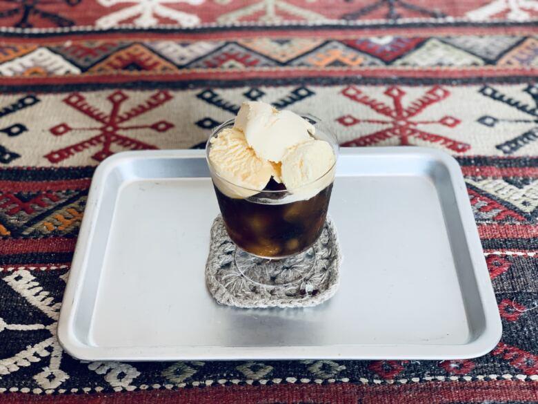 コーヒー+炭酸+バニラアイス